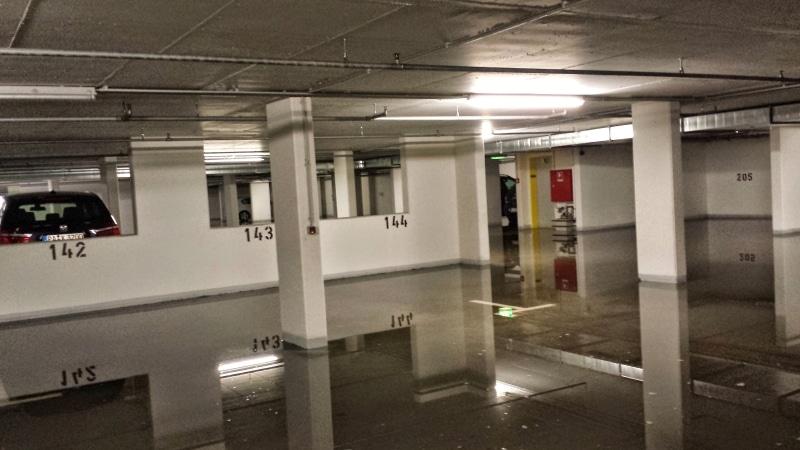 Parkplatz-, Parkhaus- und Tiefgaragen-Reinigung