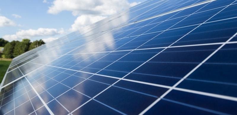 Photovoltaik- und Solaranlagen-Reinigung